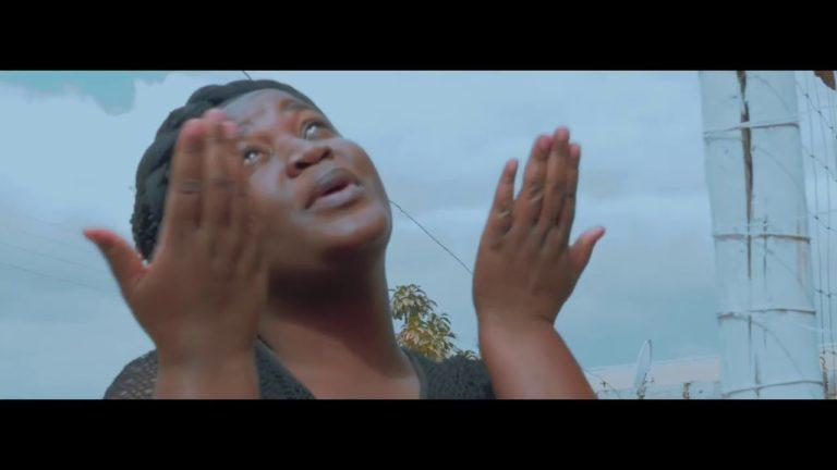 """VIDEO: MC Wabwino – """"Betina Na Lola"""""""