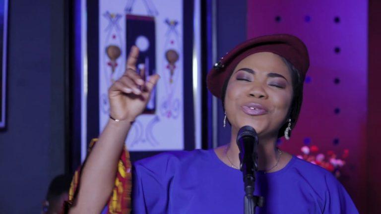 VIDEO: Mercy Chinwo – SATISFIED Album Release Performance