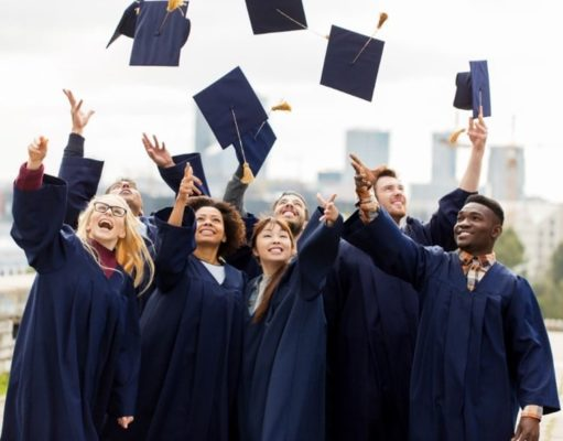 How to Find Christian Scholarships to Study Abroad